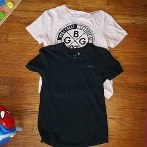 2 G by Guess T Shirts size Medium